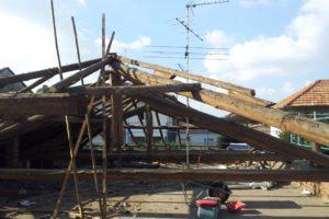 Rimozione copertura in legno